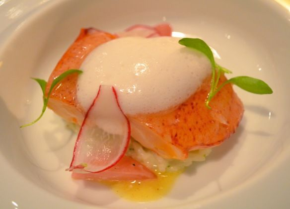French Laundry\'s Sweet Butter-Poached Maine Lobster Mitts: Akita ...