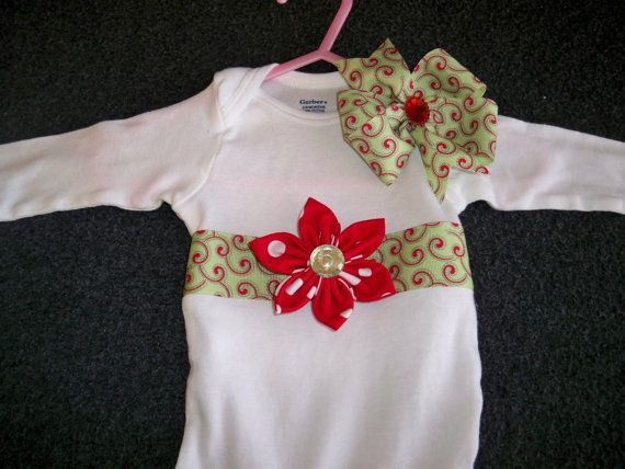 Hey, I found this really awesome Etsy listing at http://www.etsy.com/listing/115372181/onesie-hairbow-baby-girl-christmas-set