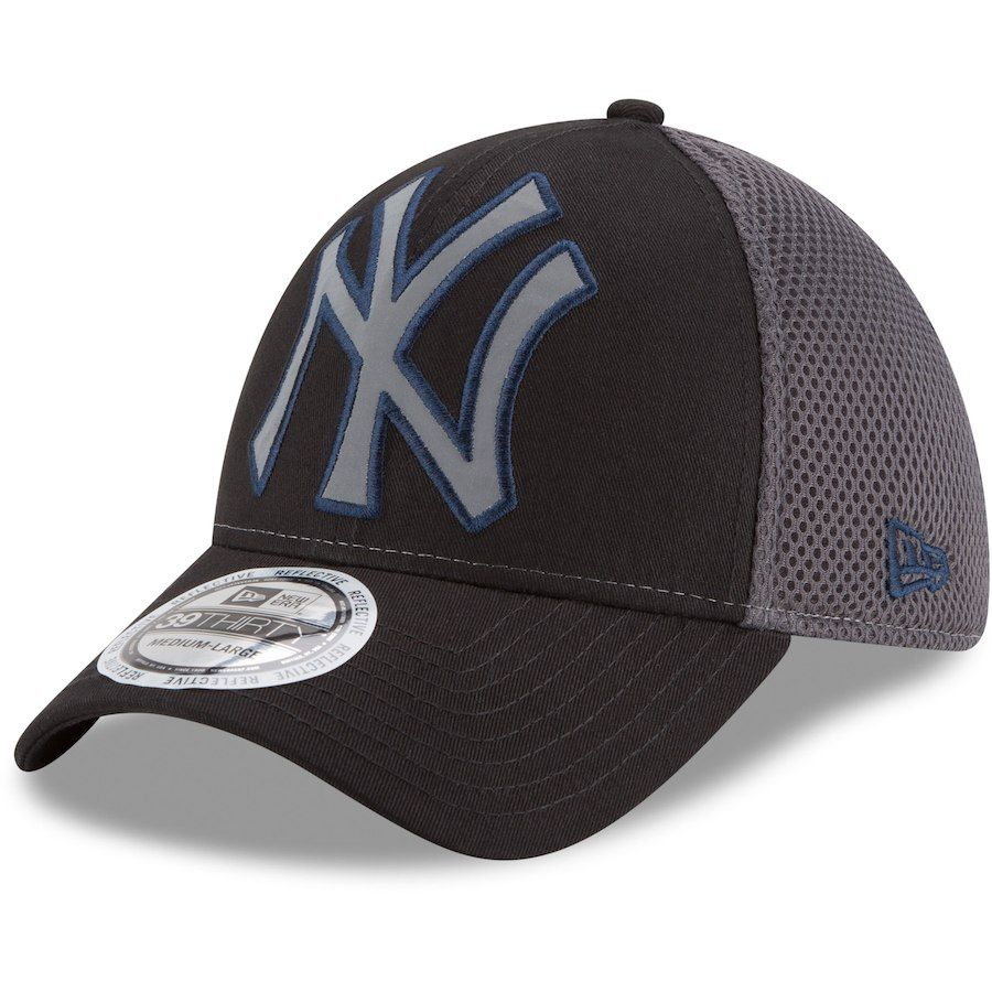 018bbaca611f5e Men s New York Yankees New Era Black Megaflect 39THIRTY Flex Hat ...