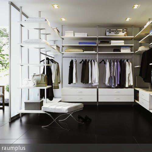 New Der begehbare Kleiderschrank in Schwarz Wei ist mit mehreren Einbauleuchten ausgestattet u was angesichts der