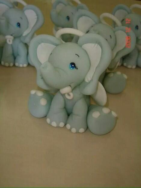Elefante en porcelana fria