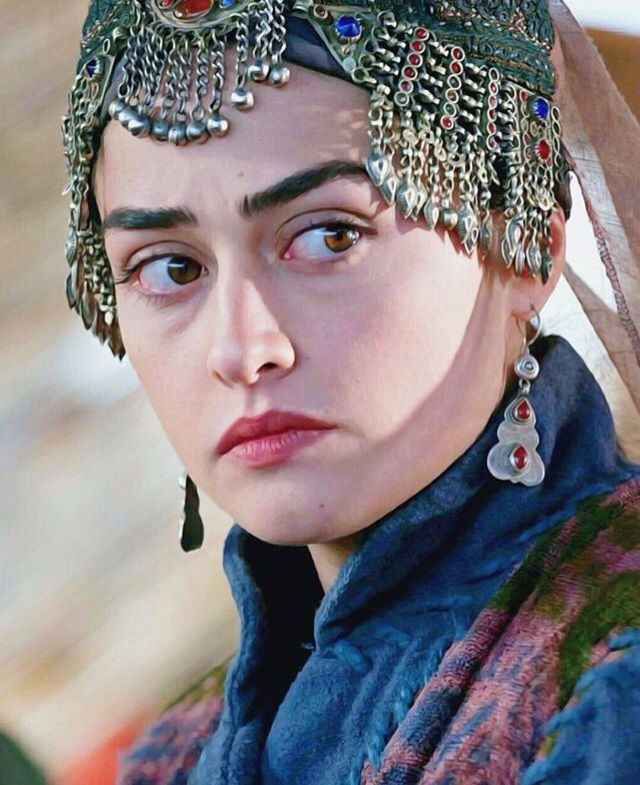Halime sultan turkish women | Turkish fashion, Esra bilgic ...