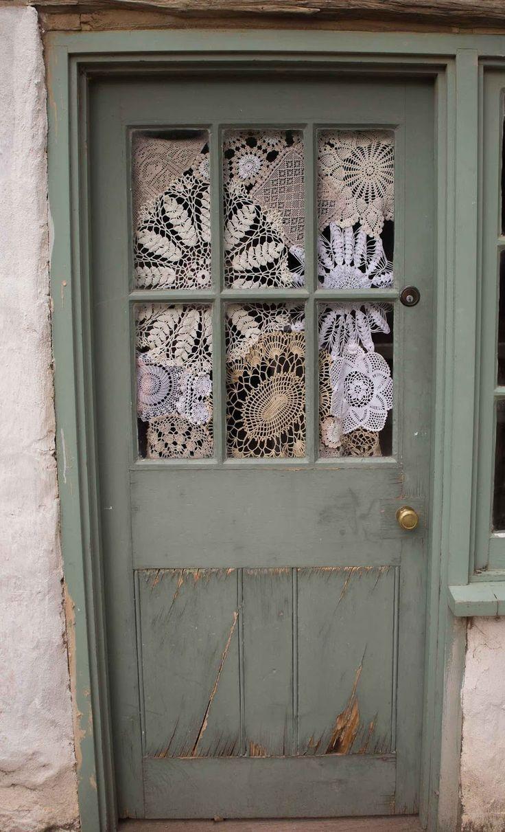 Pin de susanna en visillos y cortinas cortinas para puertas cortinas y cortinas de ganchillo Visillos para puertas