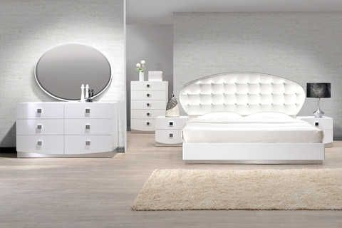 Sleek white contemporary bedroom Available in Queen, Eastern King