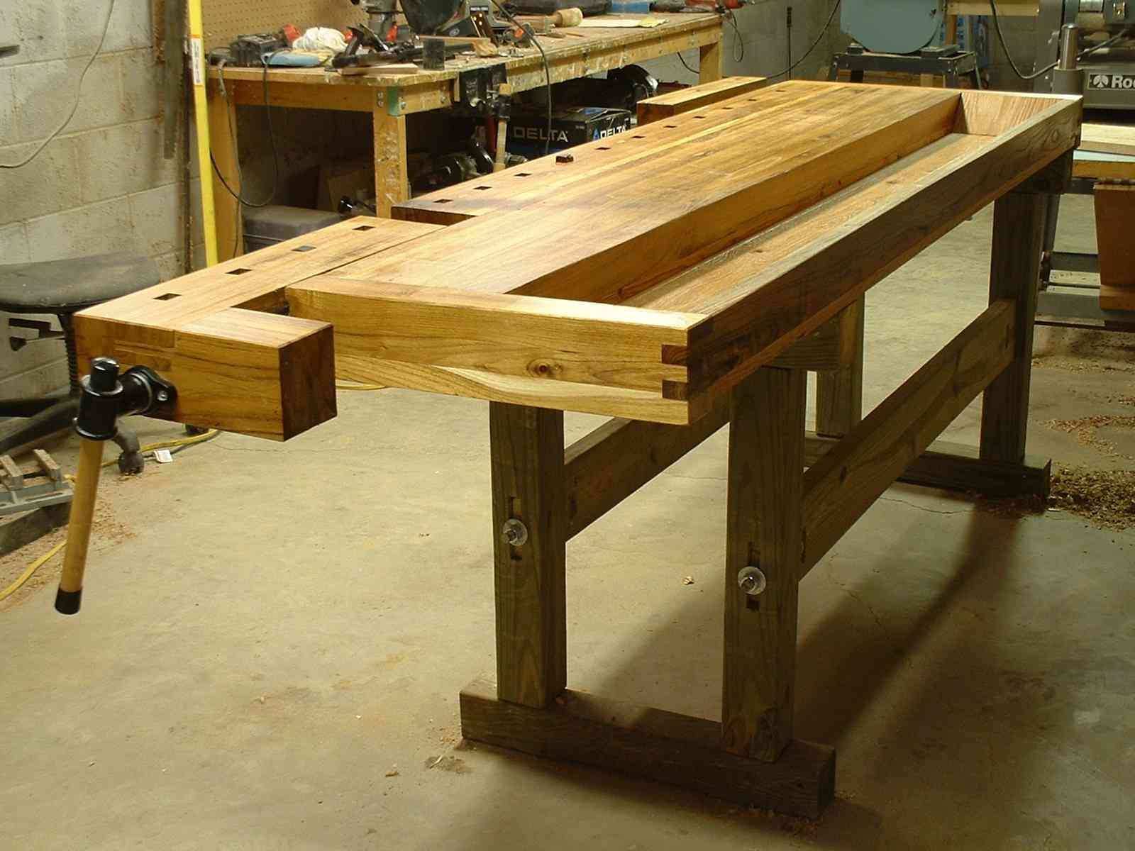 European cabinet makers workbench workbench pinterest for Working table design ideas