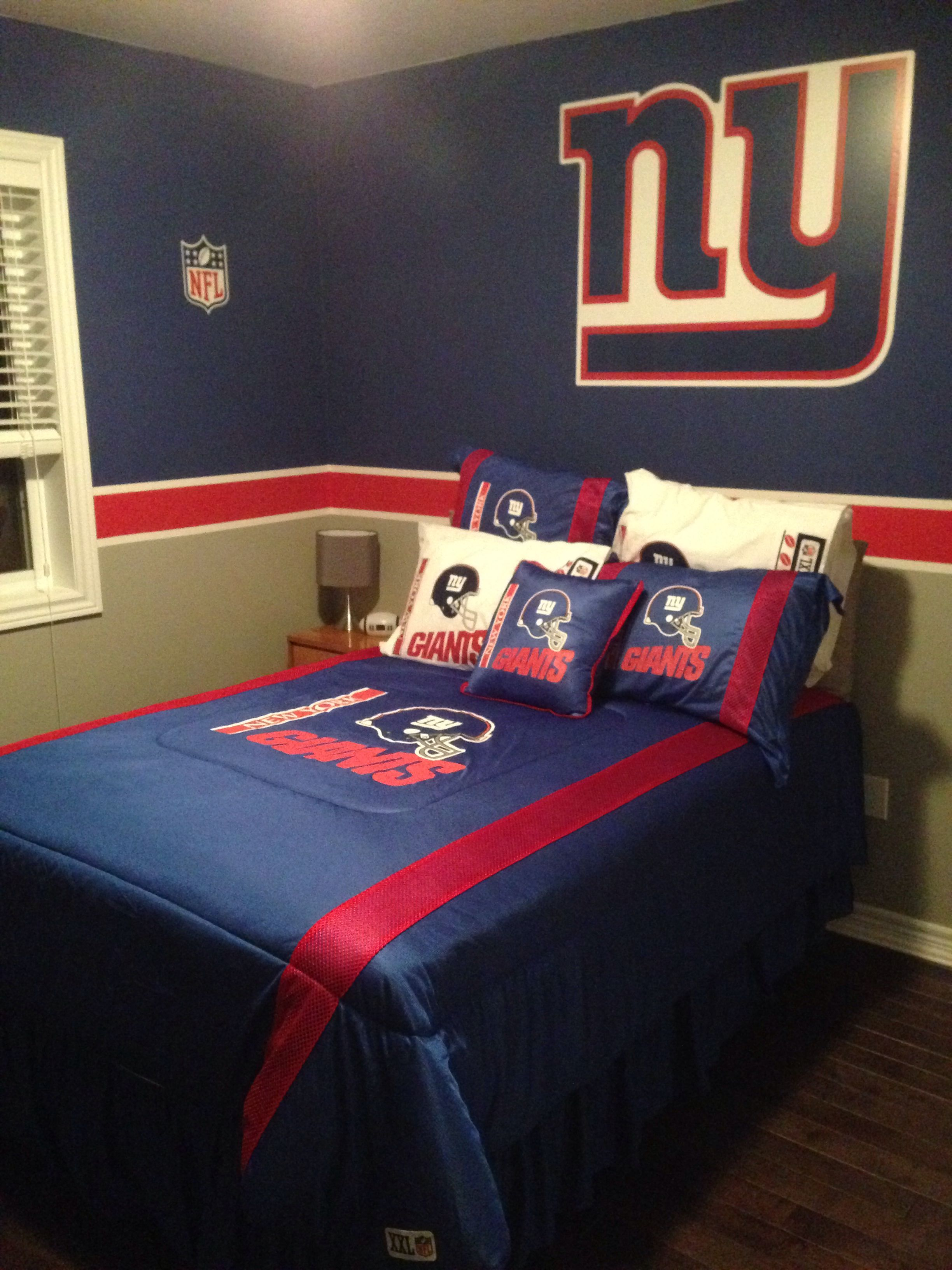 Delightful New York Giants Bedroom