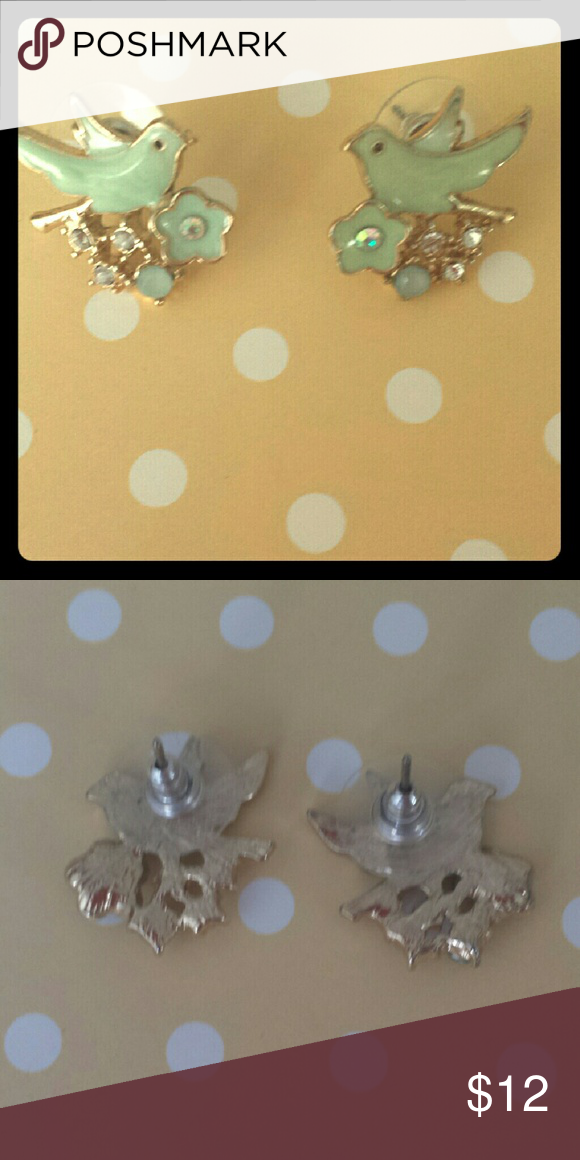 Beautiful mint stud earrings -So unique! -mint, silver, gold, and light blue -little birds with flowers underneath-so unique! -purchase at Clare's and never used -Make **reaosnable** offers, would like to sell ASAP ? -bundle to save! Claire's Jewelry Earrings