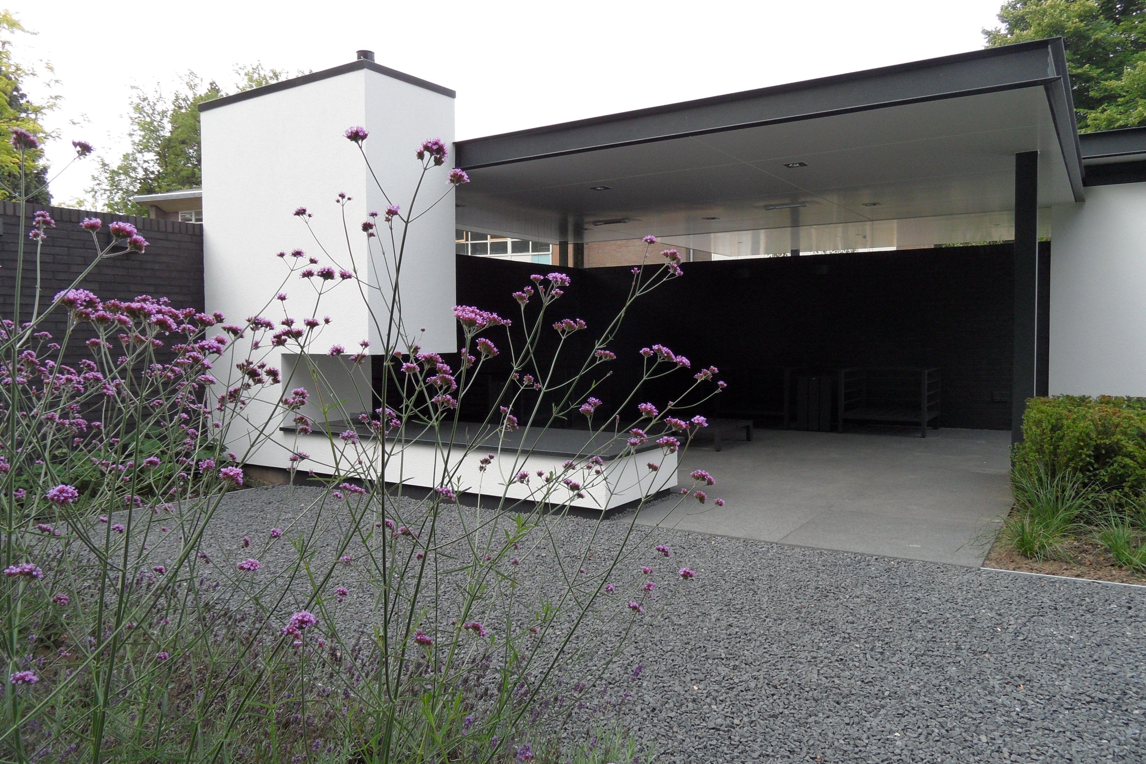 Buiten overkapping met openhaard strakke overkapping overkapping tuin grind moderne - Buiten terras model ...