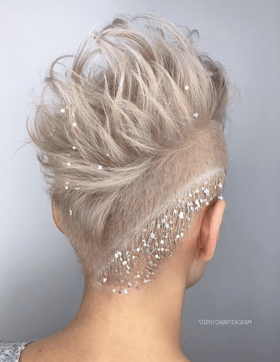 Very Short Hair For Christmas 2020 10 Brilliant Shades of Christmas Hair Color ・ 2020 Ultimate Guide
