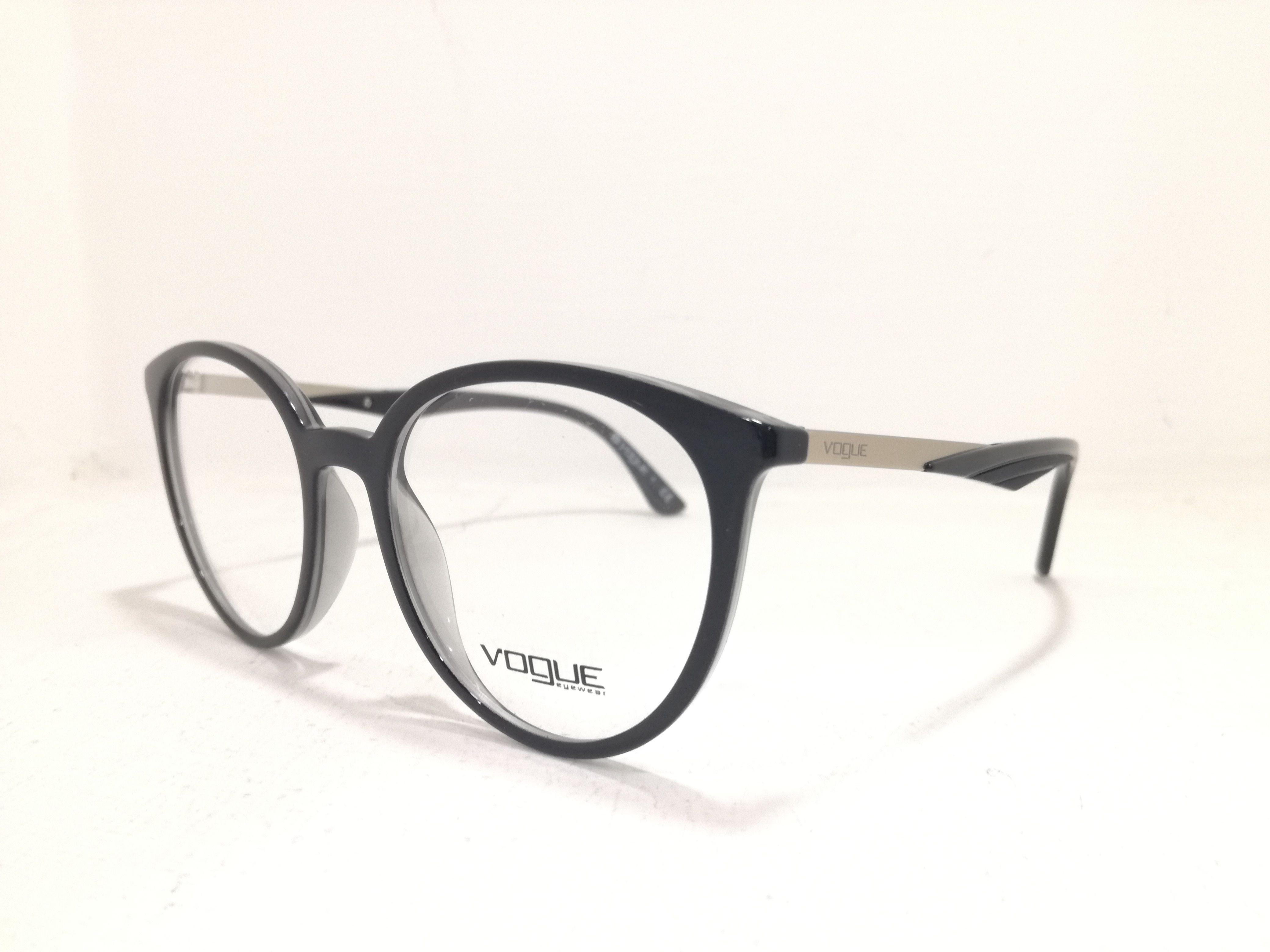 grande vendita df44b 15689 Vogue vista 2018/2019. #vogue #eyewear #eyewearsynglasses ...