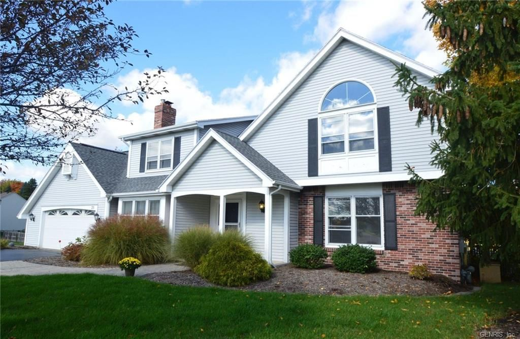 For Sale 23 Hunters North Drive Penfield Ny New York Price