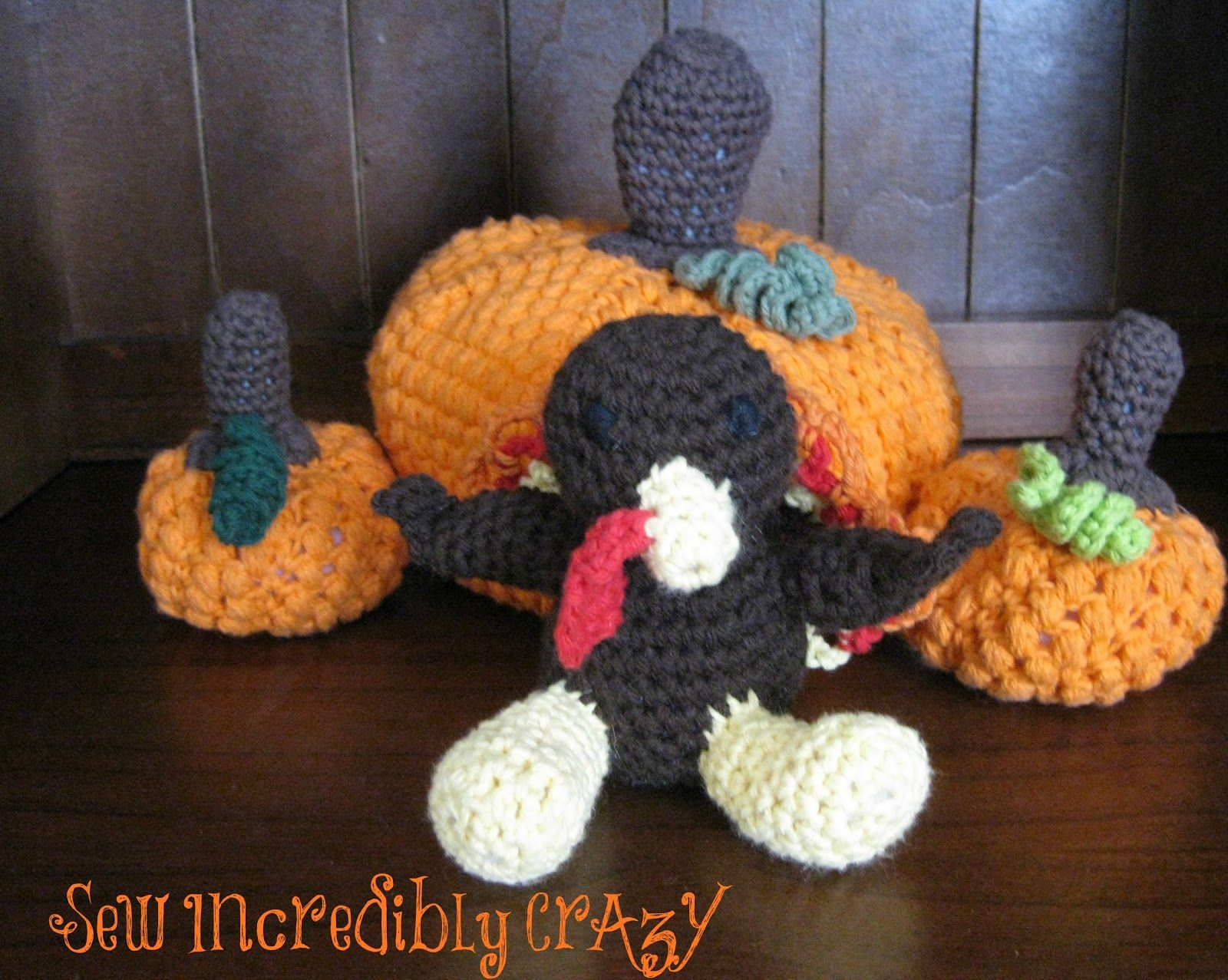 Sew Incredibly Crazy: Pumpkins and a Turkey
