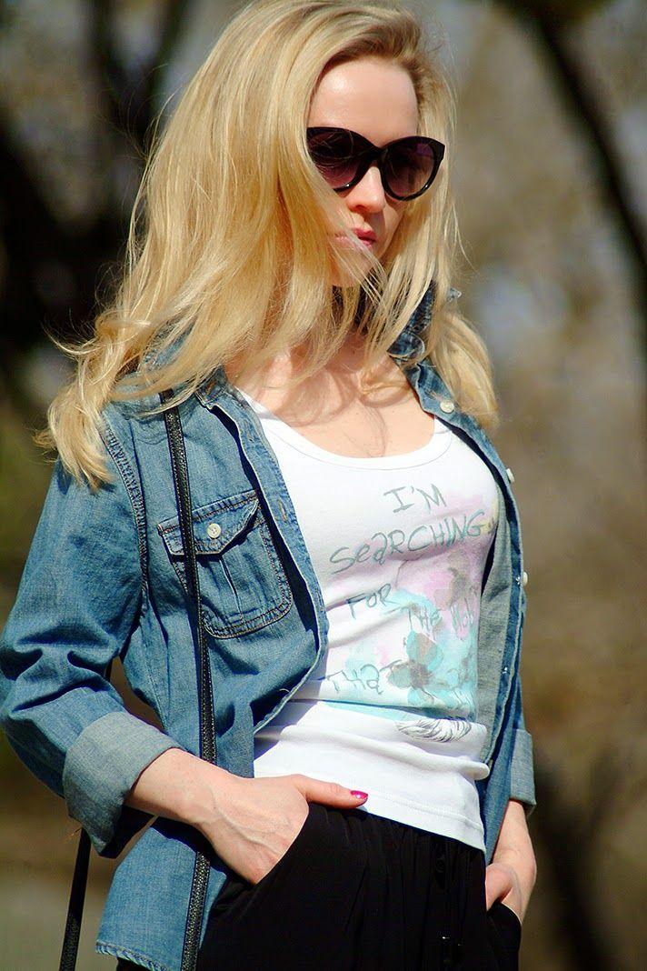 #AnnRoboeFashion #style #ootd #denim #blackpants #blue #black #beige #heels #opentoe #casualstyle #blogger #fashionblogger #styleblogger