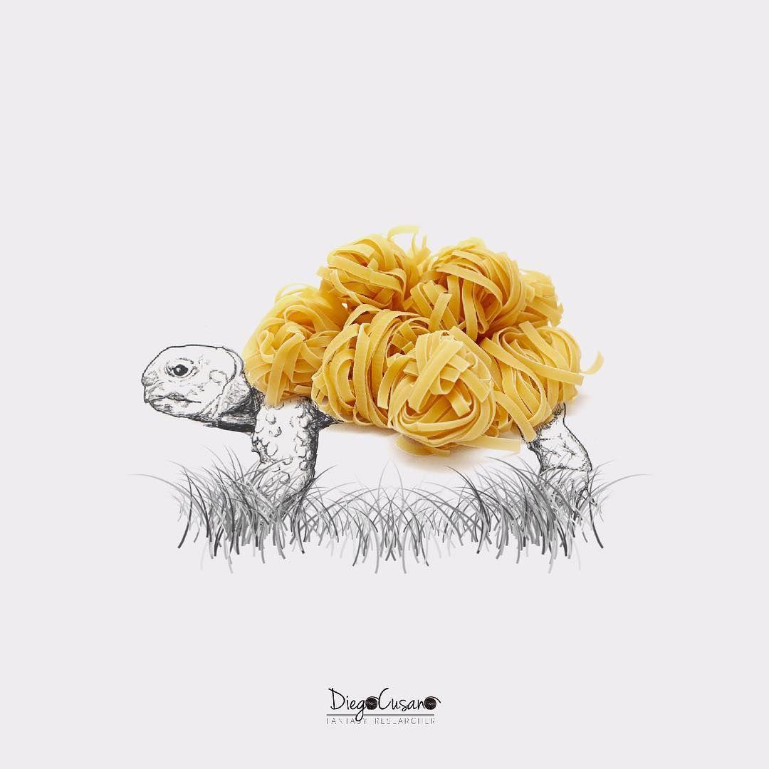 La cottura del #ragù è lenta, lenta, lenta...☘ Buona #domenica  #pasta #tagliatelle #turtle #tartaruga #foodart #foodartist