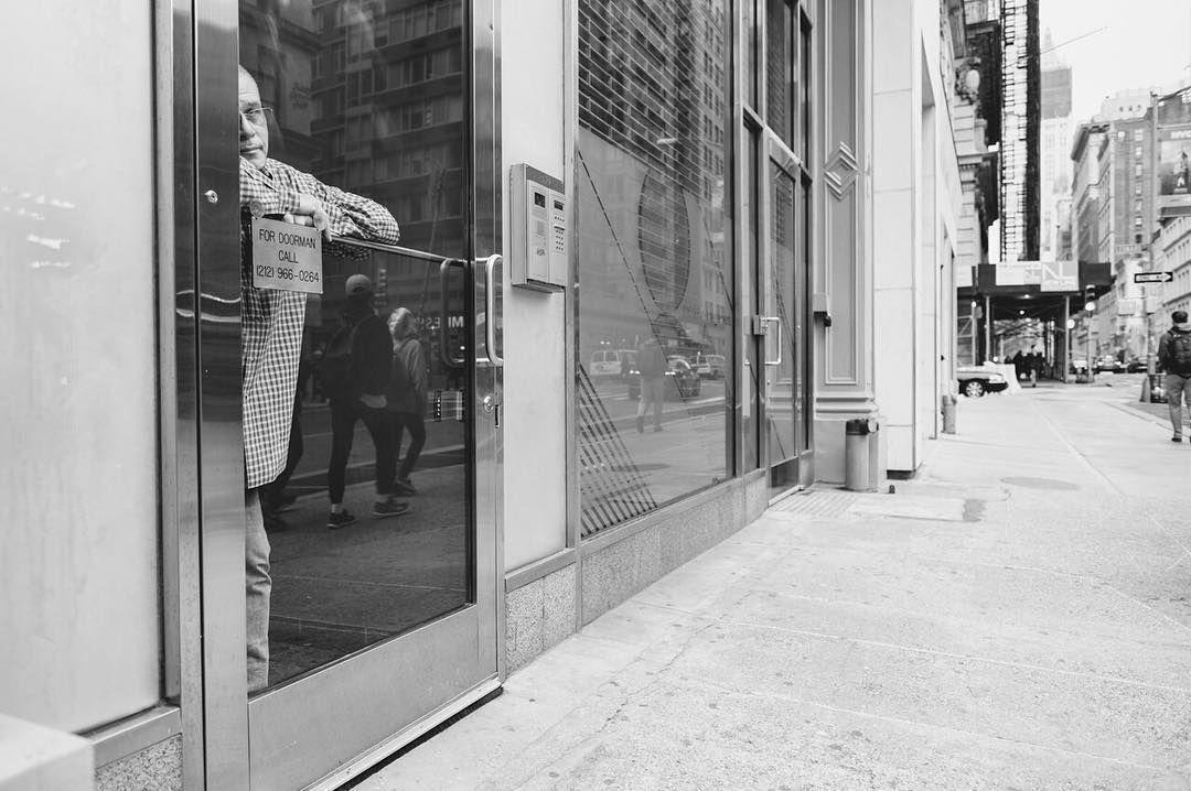 Caught TriBeCa Manhattan . . . #VSCO #VSCOcam #MyFujifilm #NYC #NewYork #NewYorkCity #InstagramNYC #cityscape #architecture #landscape #travel #views #light #mood #IloveNY #IloveNYC #welltravelled #justbackfrom #followmetoo #passionpassport #chasinglight #justgoshoot #makemoments  #shootfilm #blackandwhite #contrast #street #streetphotography #streetportrait #candid #NYC