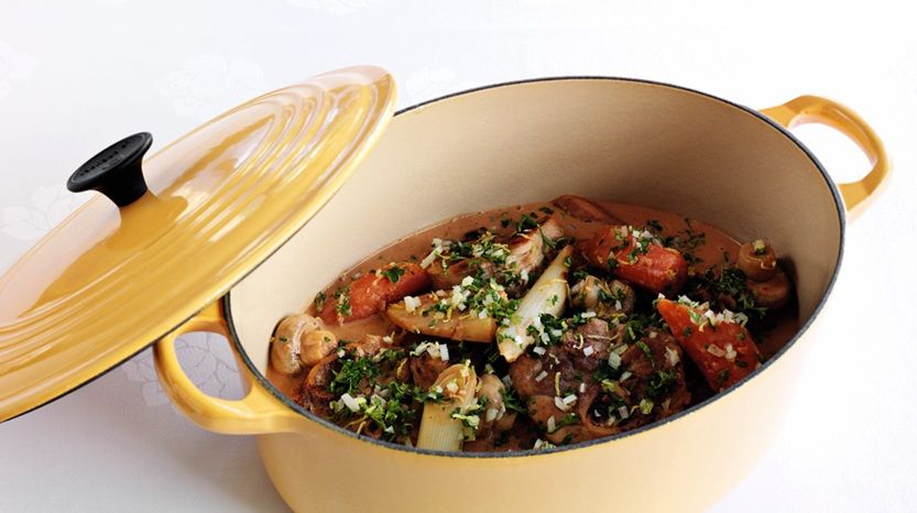 Svineskank Af Herlig Fynsk Gris Som Klassisk Kotelet I Fad Med Vintergront Og Persillegranulat Recipe With Images Food Danish Food Good Food