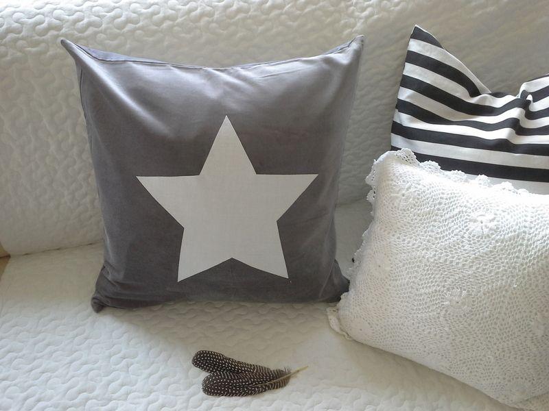 Graue Kissenhülle, Samtkissen, mit Stern,50x50 Pillows - wohnzimmer rot grau beige