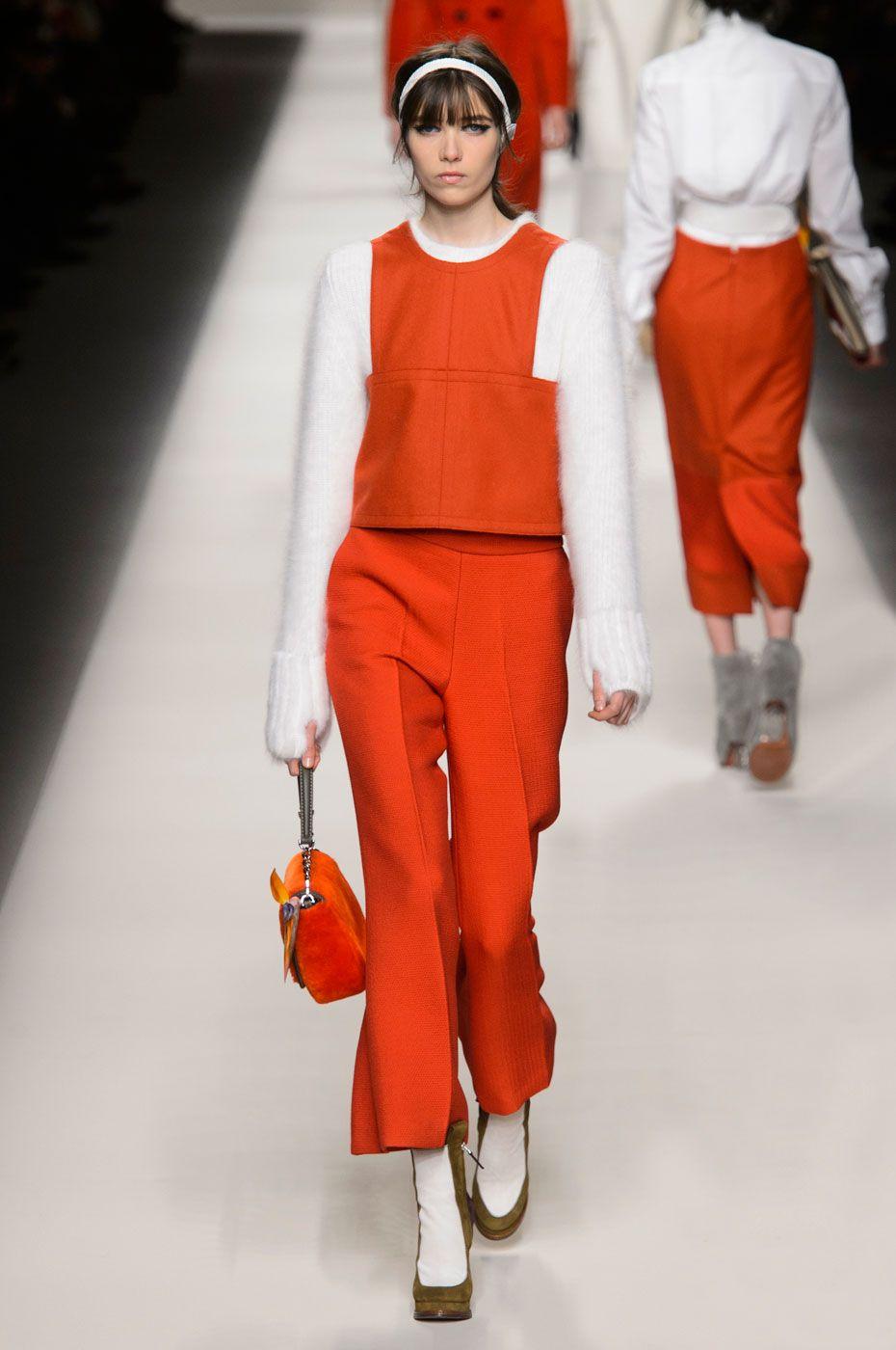 Fendi | Milão | Inverno 2016 - Vogue | Desfiles
