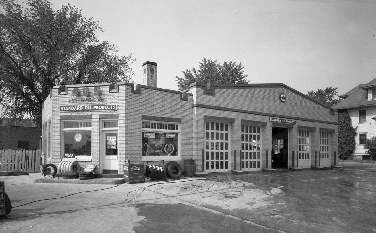 Standard Oil Service Station, Rochester, Minnesota