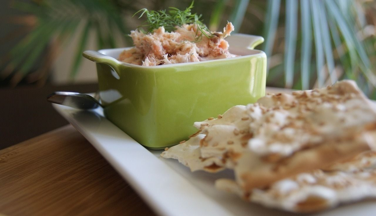 Gojee - Smoked Salmon Butter by A Nutritionist Eats