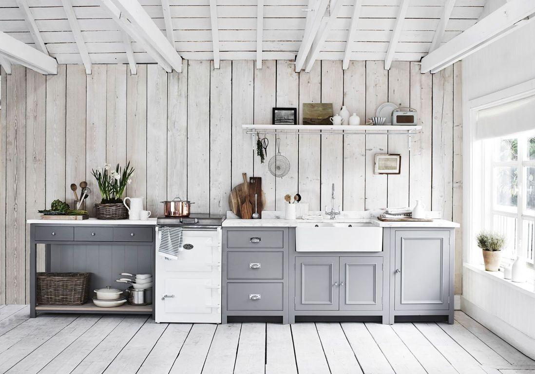 Une cuisine campagne tout en cama eu de gris id es for Idee cuisine campagne