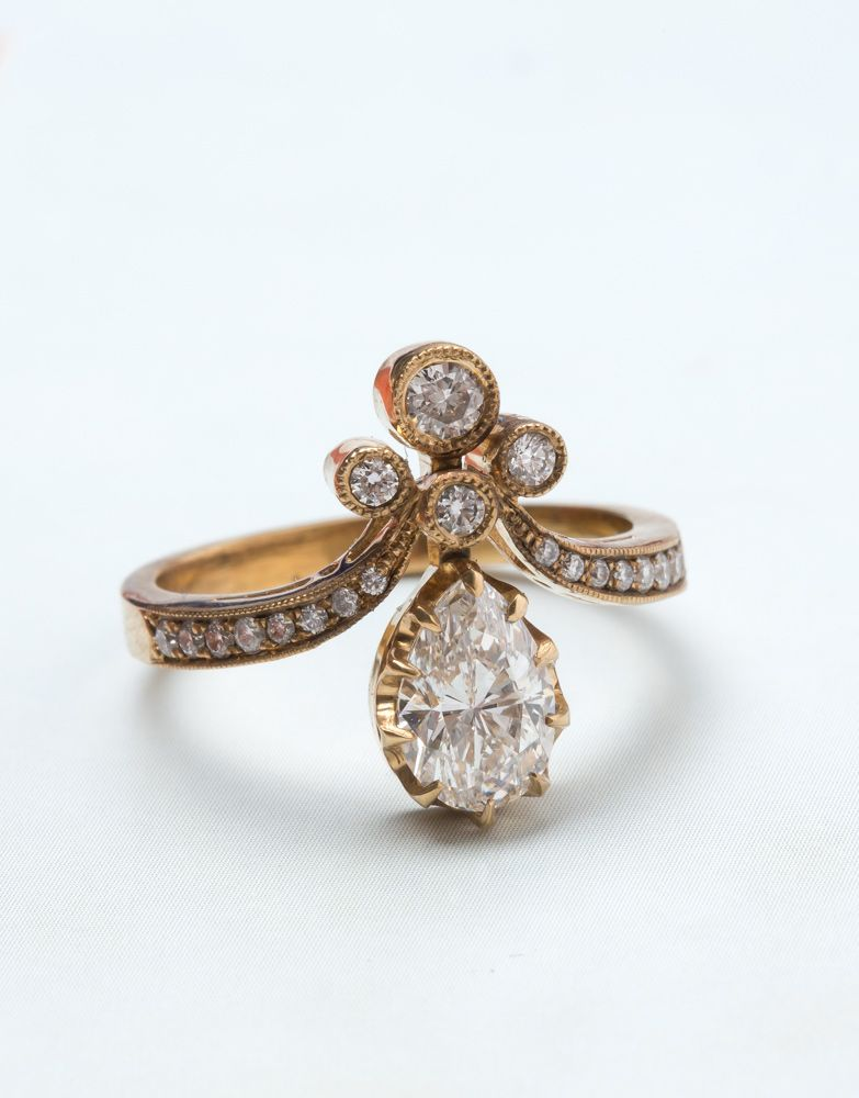 Vintage-inspired Tiara ring from Trumpet & Horn.
