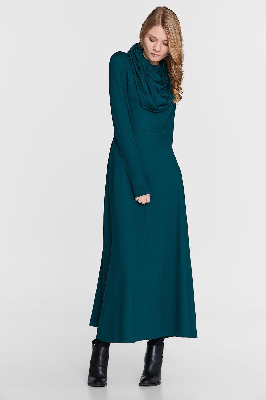 4631fa9593 Sukienka maxi z obszernym golfem - butelkowa zieleń - Sukienki - KOLEKCJA