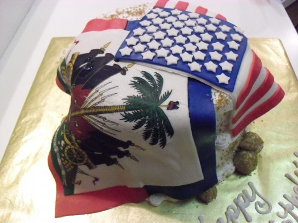 American & Haitian Flag Cake... Celebrate your heritage on ...