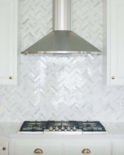 Not So Newlywed Mcgees Tiling Our Backsplash Part 1 Farmhouse Backsplash Beadboard Backsplash Backsplash