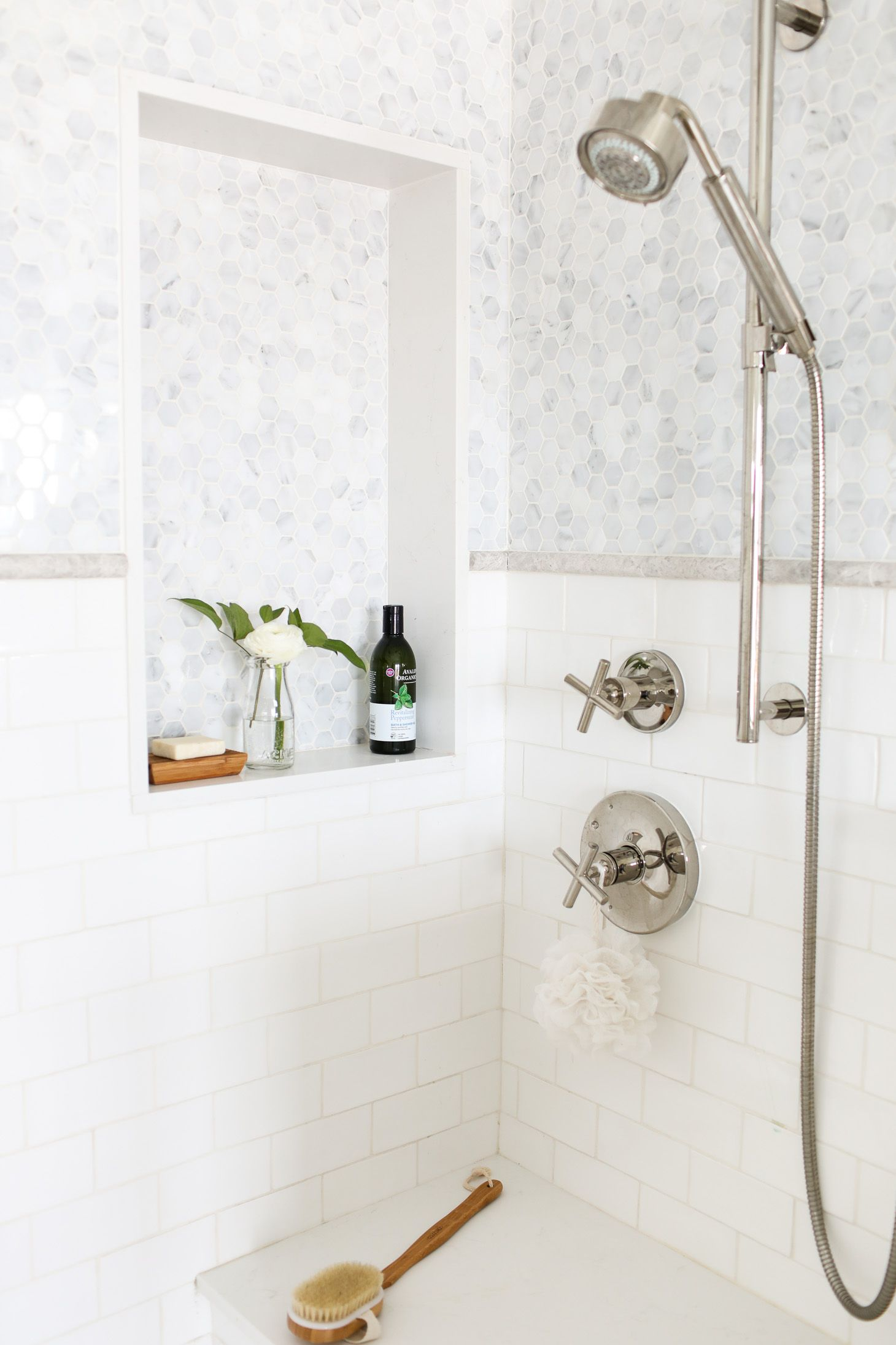 10 Morning Routines That Ll Leave You Feeling Refreshed Energized Deco Salle De Bain Decoration Salle De Bain Salle De Bain Design