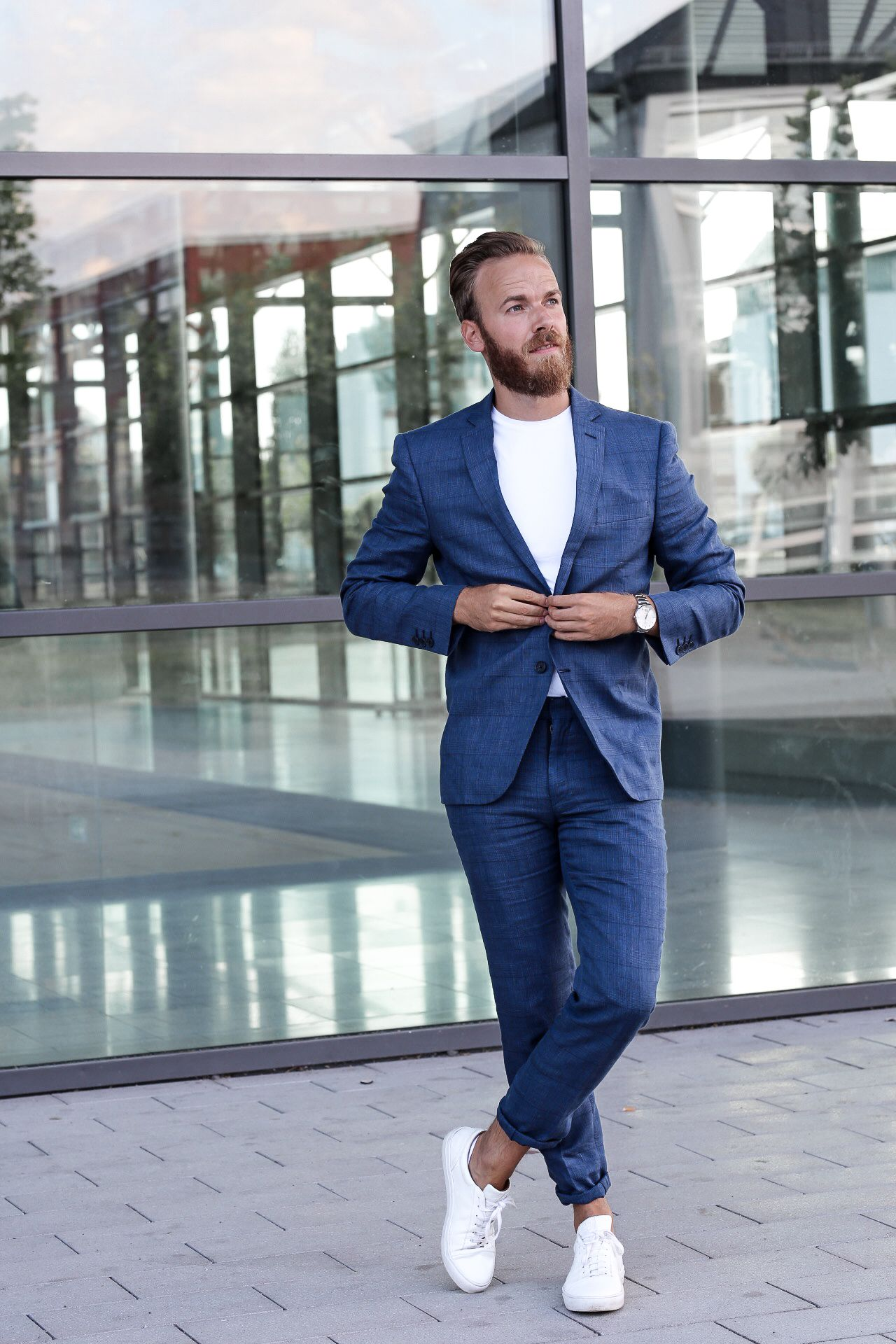 Fashion Massgeschneiderter Anzug Von Hockerty Sneakers Men Fashion Linen Suits For Men Suits And Sneakers