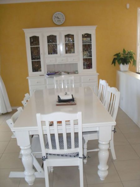 Solid White Dining Table For Sale With 6 Chairs