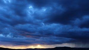 Himmel Wolken Blitz Berge Sonnenuntergang Desktop Hintergrund Kostenlos Hintergrundbilder Natur Wallpaper Sky