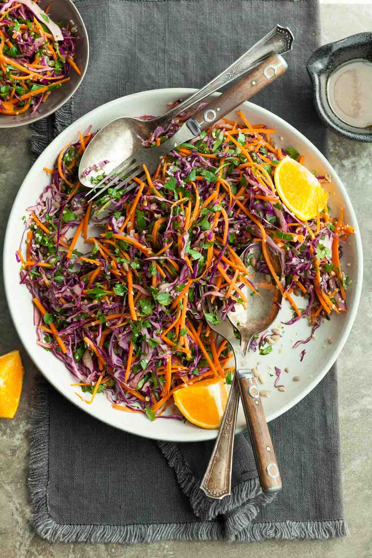 Carrot Cabbage Slaw With Orange Sesame Dressing Paleo Vegan Opskrift I 2020