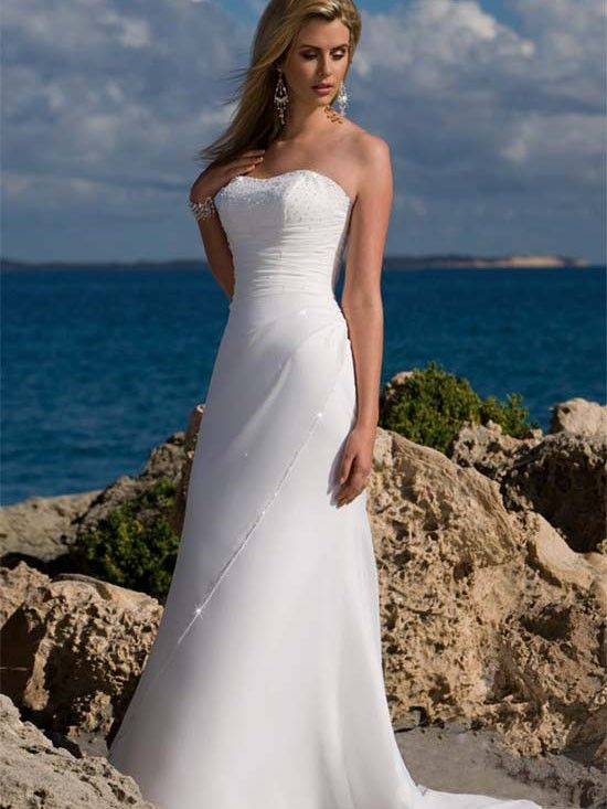 78  images about Beach wedding Dresses on Pinterest  Beaches ...