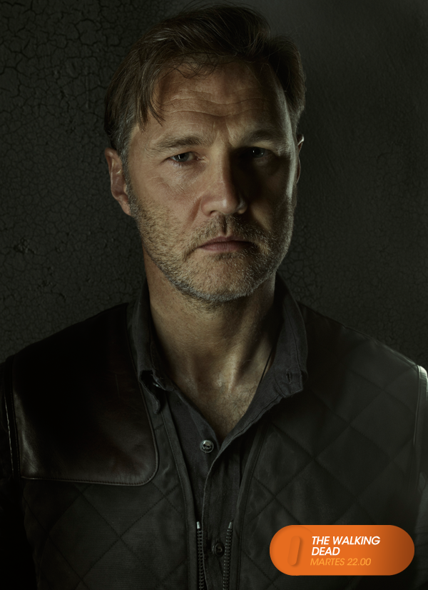 David Morrissey Es El Gobernador The Walking Dead Martes 22 00 Twd3enfox Mira Contenido Exclusivo En Www The Walking Dead Morrissey Fotos De Baloncesto