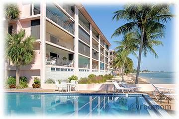 Key West Oceanfront Condo 2 Br Sleeps 6 Amazing Love This One 485 Night Maybe A Shorter Stay Beachfront Rentals Key West Beaches Oceanfront Condo