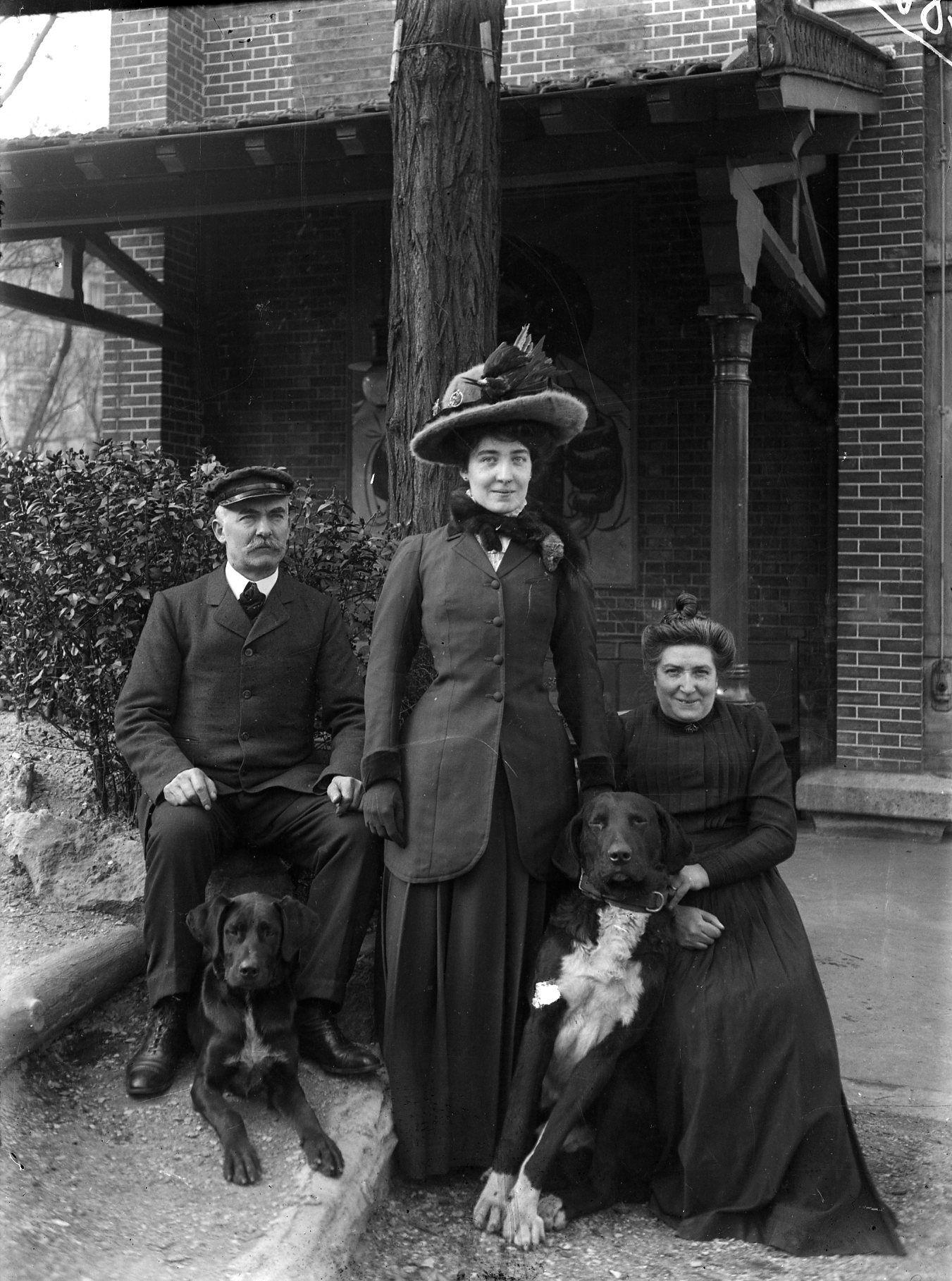 Épinglé sur Femmes 19001920
