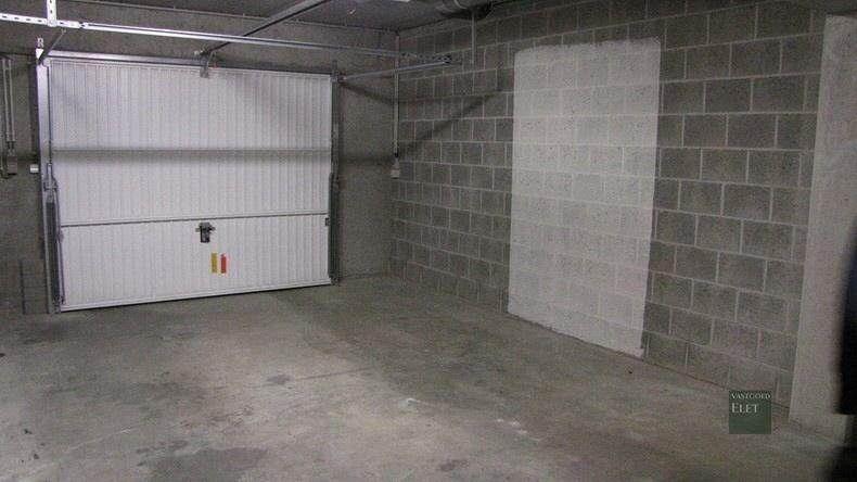 Gelijkvloers appartement te huur in nazareth 120m 775 for Aparte wastafels