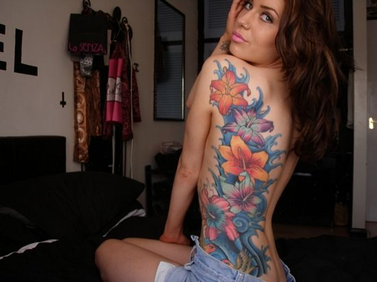 Flowers #floral #back #tattoo
