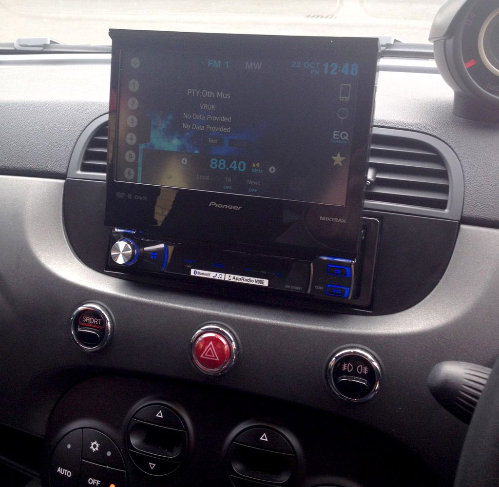 """Pioneer AVHX7500BT 7"""" Motorised Single Din Multimedia"""