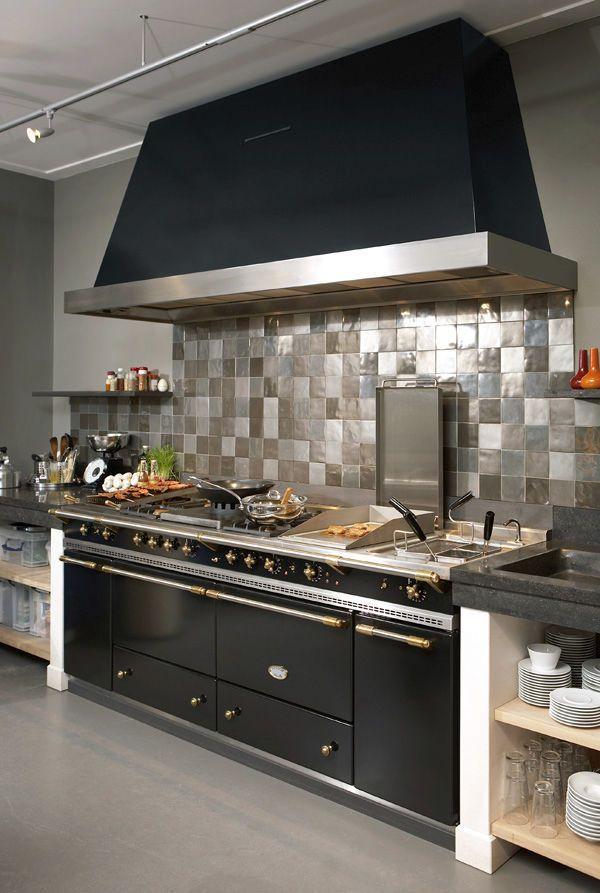 Cuisinière à gaz / électrique / à induction / équipée - SULLY 2200 ...