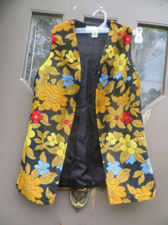 Vintage Flower Power 60s Boho Chenille Carpet Tapestry Hippie Etsy In 2020 Boho Hippie Dress Black Tea Length Dress Hippie Vest