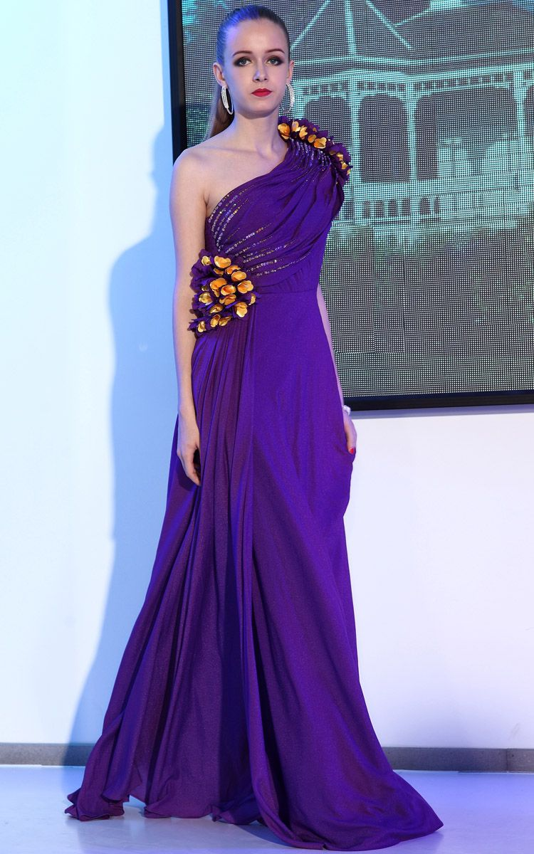 Purple And Gold Wedding Dresses Gold Bridesmaid Dresses Gold Wedding Dress Purple Bridesmaid Dresses [ 1200 x 750 Pixel ]