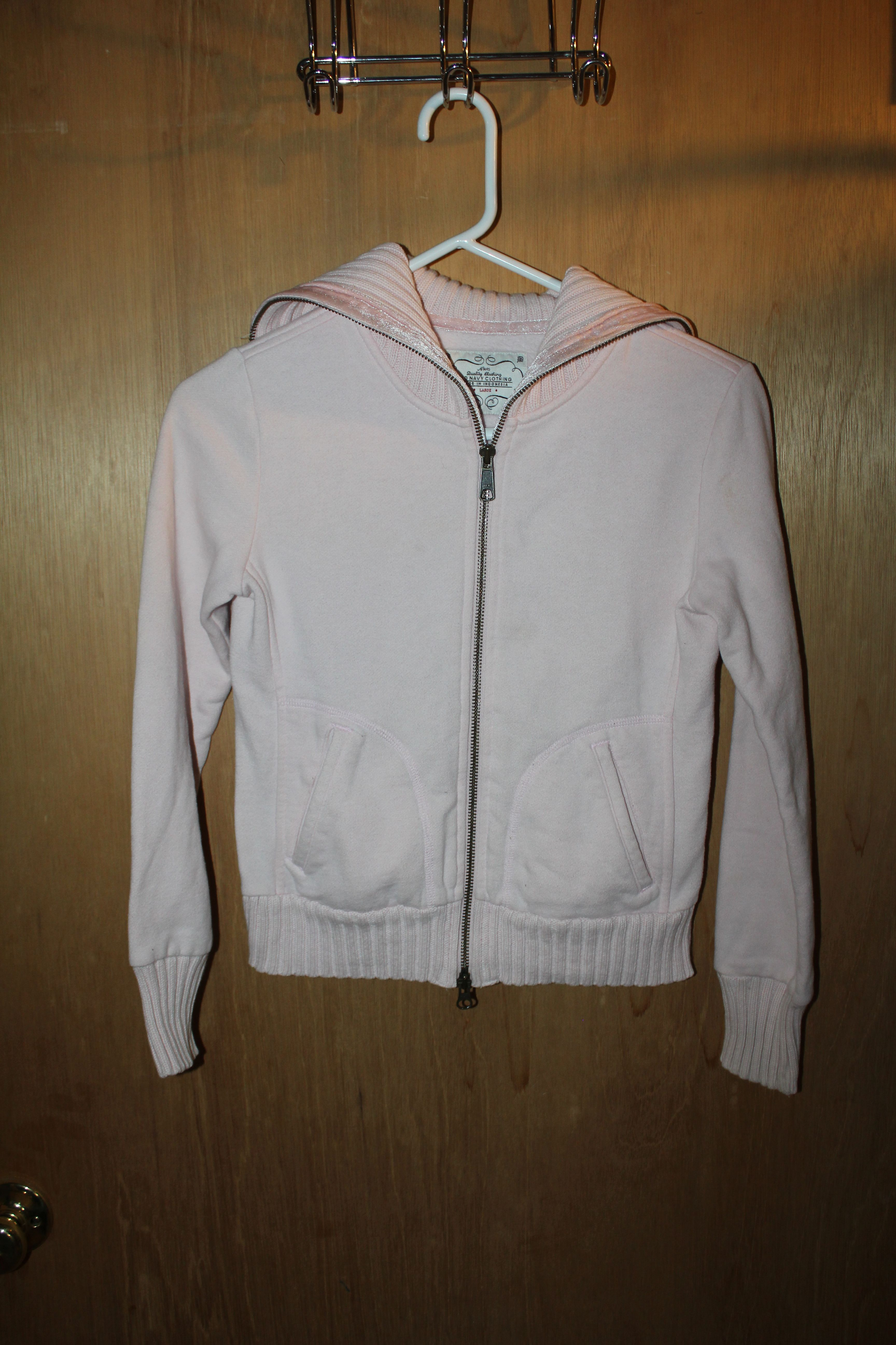 Old Navy Zip-Up Sweater Size: L $2.00 Text Chris @ 856-217-4178 to ...