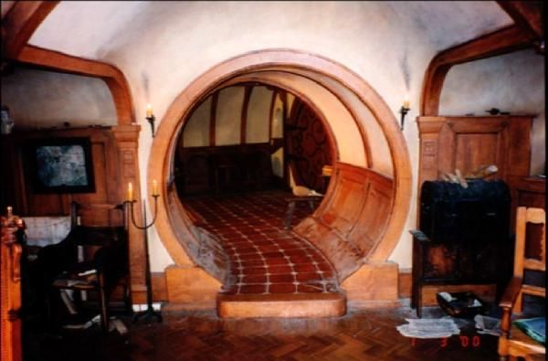 bag end interior google s gning my hobbiton dream property pinterest hobbit interiors. Black Bedroom Furniture Sets. Home Design Ideas