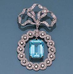 Aquamarine Jewelry, Diamond Brooch, Edwardian Jewelry, Antique Jewelry, Vintage Jewelry. A belle époque ...