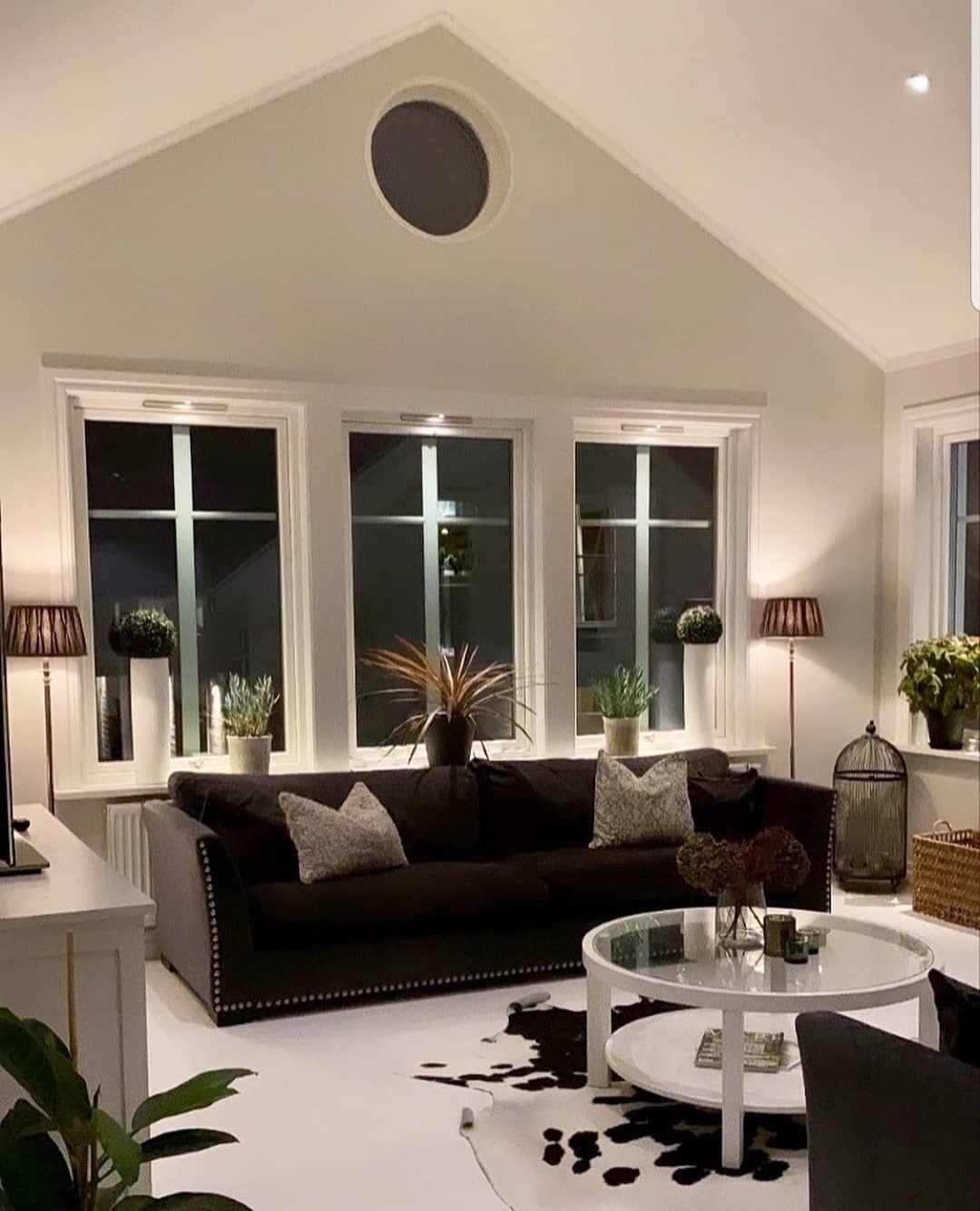 """𝗛𝗢𝗠𝗘 𝗗𝗘𝗦𝗜𝗚𝗡 on Instagram: """"Credits 📷 @interiorby_tannie #interiorinspo #interior #interior4all #decor #home_design68"""""""