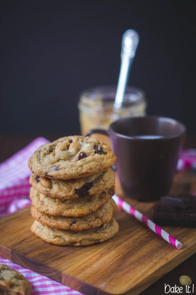 Peanut Toffee Chocolate Cookies / Erdnuss Toffee Cookies mit Schokolade
