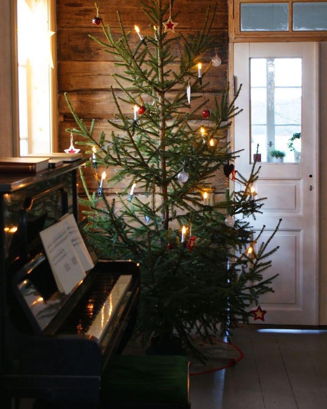 Xmas Jinglebell On Instagram 12 Days To Christmas Follow Xmas Jing Scandinavian Christmas Trees Christmas Decorations Christmas Tree Decorations